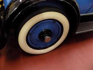 1929 Chevrolet Cabriolet Coupe Conv - Utah Showroom Newberg, Oregon 3
