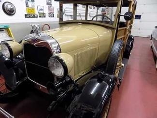 1929 Ford Model A Woodie Wagon - Utah Showroom Newberg, Oregon 2