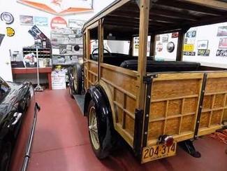 1929 Ford Model A Woodie Wagon - Utah Showroom Newberg, Oregon 3