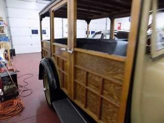 1929 Ford Model A Woodie Wagon - Utah Showroom Newberg, Oregon 6
