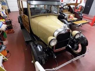 1929 Ford Model A Woodie Wagon - Utah Showroom Newberg, Oregon 7