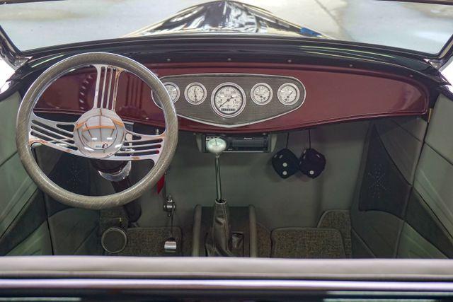 1932 Ford Model B Roadster Hot Rod San Diego, California 25