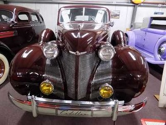 1939 Cadillac 6119 Sedan - Utah Showroom Newberg, Oregon 8