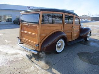 1939 Ford Woody - Minnesota Showroom Newberg, Oregon 4