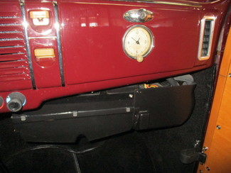 1939 Ford Woody - Minnesota Showroom Newberg, Oregon 22