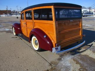 1939 Ford Woody - Minnesota Showroom Newberg, Oregon 6