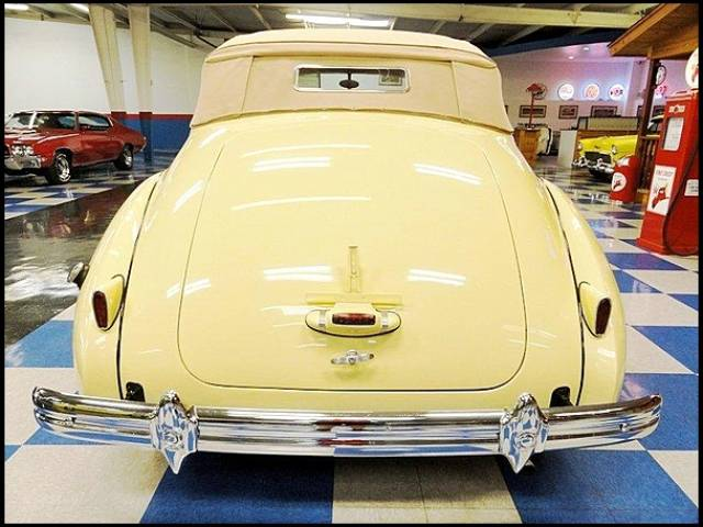 1939 Packard 120 SUPER EIGHT CONVERTIBLE Phoenix, Arizona 3