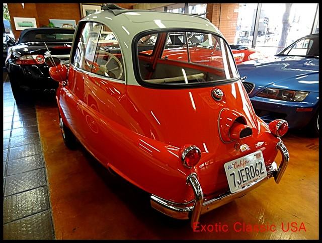 1957 BMW Isetta San Diego, California 3