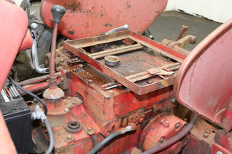 1958 International Harvester 350 Runs Hydraulics Work Farm Bucket in Nashua, NH