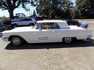 1959 Ford Thunderbird -Oregon Showroom Newberg, Oregon 1