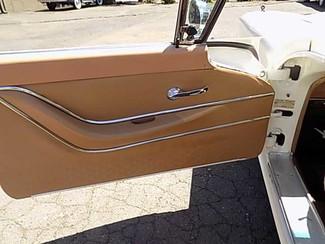 1959 Ford Thunderbird -Oregon Showroom Newberg, Oregon 11