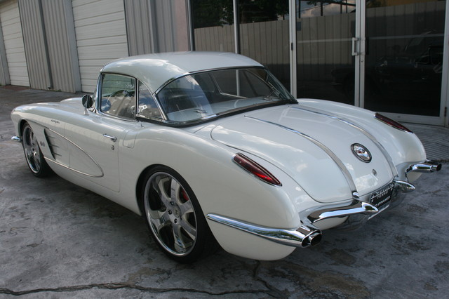 1960 Chevy Corvette Convt Restomod Custom Houston, Texas 10