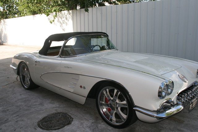 1960 Chevy Corvette Convt Restomod Custom Houston, Texas 31