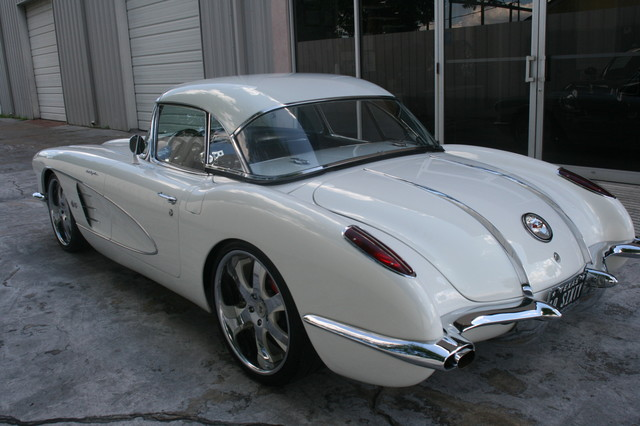 1960 Chevy Corvette Convt Restomod Custom Houston, Texas 4