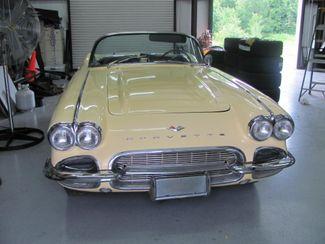 1961 Chevrolet CORVETTE Dickson, Tennessee 3