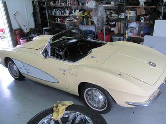 1961 Chevrolet CORVETTE Dickson, Tennessee 6