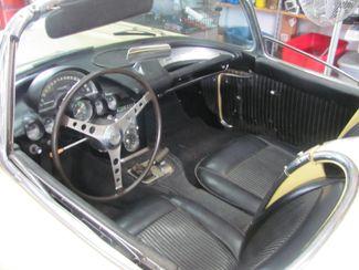 1961 Chevrolet CORVETTE Dickson, Tennessee 8