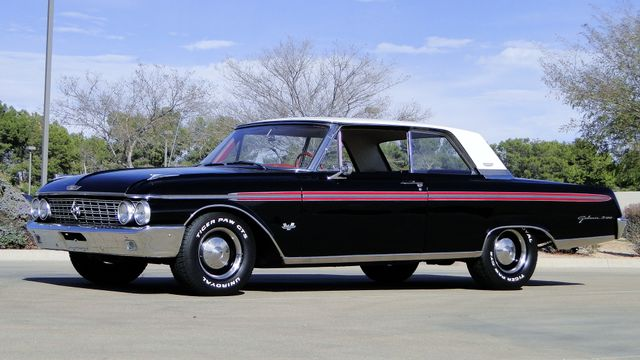 1962 Ford GALAXIE 500 390cu WITH OVERDRIVE TV STAR CAR! Phoenix, Arizona 11