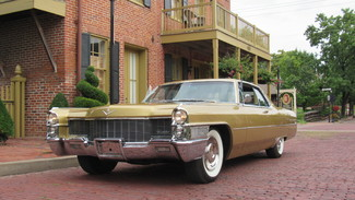 1965 Cadillac Coupe DeVille in St., Charles,
