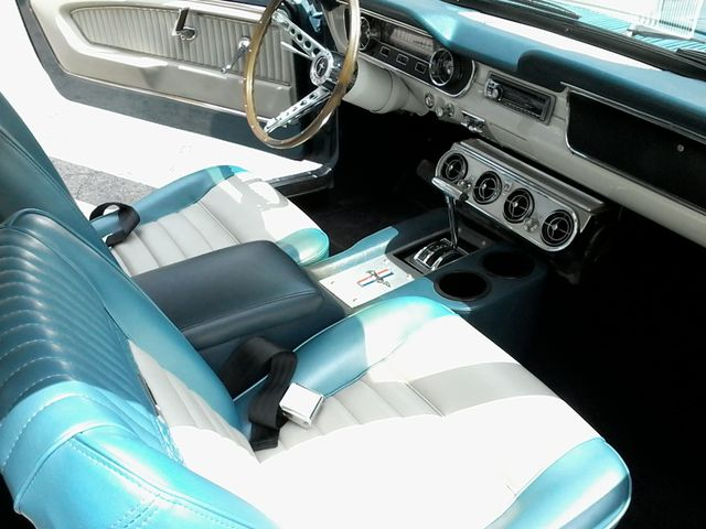 1965 Ford Mustang  6cy , a/c ,pony interior San Antonio, Texas 11
