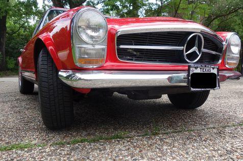 1965 Mercedes-Benz 230 SL in Houston, Texas
