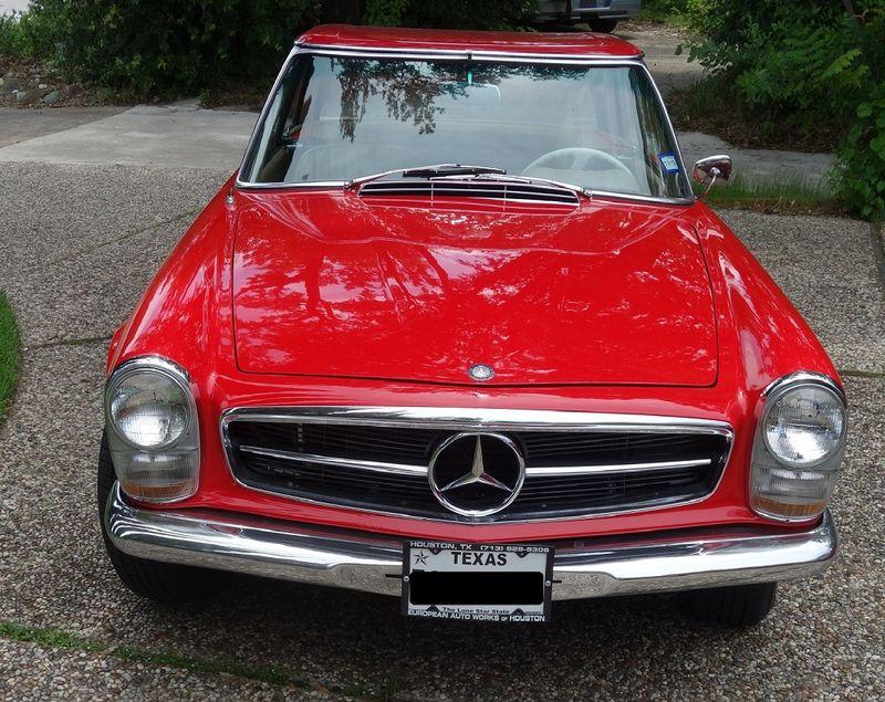 1965 Mercedes-Benz 230 SL in Houston Texas