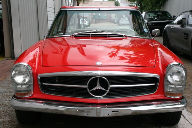 1965 Mercedes-Benz 230 SL Houston, Texas 0