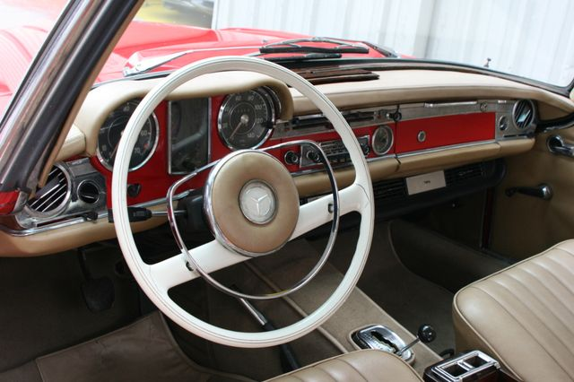 1965 Mercedes-Benz 230 SL Houston, Texas 12