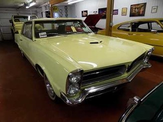 1965 Pontiac GTO - Utah Showroom Newberg, Oregon 3