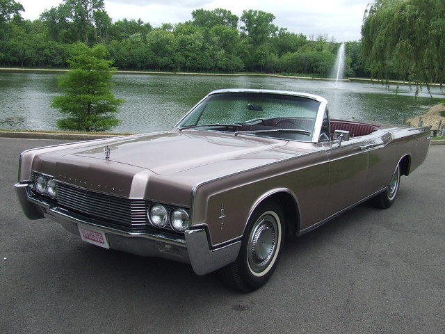 1966 Lincoln Continental  | Mokena, Illinois | Classic Cars America LLC in Mokena Illinois