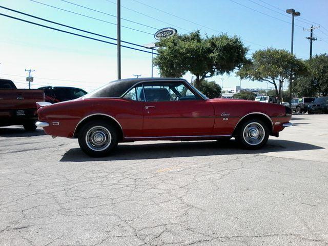1968 Chevrolet Camaro 396 4 Speed SS TRIBUTE San Antonio, Texas 3