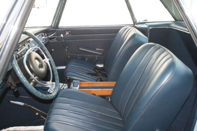 1968 Mercedes-Benz 280SL CUSTOM RESTORATION Houston, Texas 10