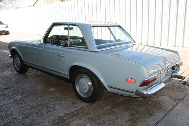 1968 Mercedes-Benz 280SL CUSTOM RESTORATION Houston, Texas 2