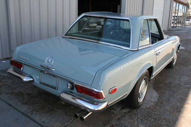 1968 Mercedes-Benz 280SL CUSTOM RESTORATION Houston, Texas 3