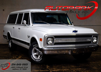 1969 Chevrolet Suburban  Custom in Addison TX