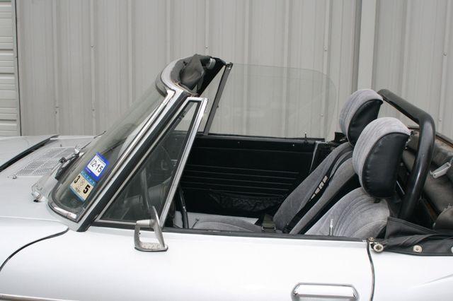 1969 Datsun 1600 Houston, Texas 5