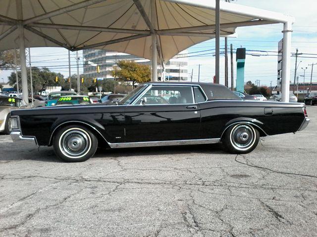 1969 Lincoln Continental Mark 111 San Antonio, Texas 2