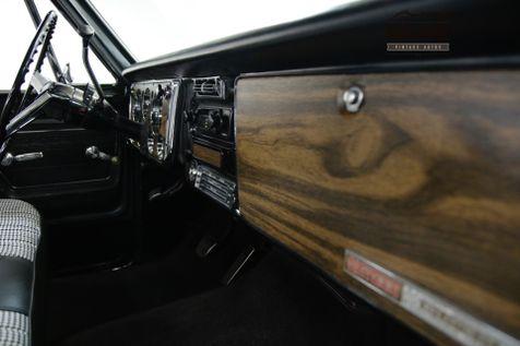 1972 Chevrolet C10 SUPER CHEYENNE. RESTORED. AC. 700R4 | Denver, CO | Worldwide Vintage Autos in Denver, CO
