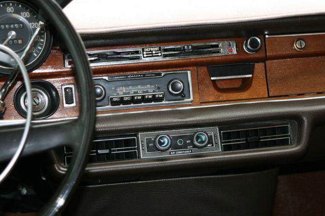 1972 Mercedes-Benz 280 SE Houston, Texas 12