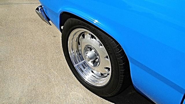 1972 Plymouth HEMI DUSTER RESTO-MOD Phoenix, Arizona 18