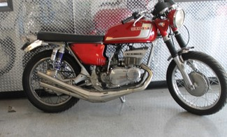 1972 Suzuki GT380 SEBRING MADE TO ORDER CAFE RACER BRAT STYLE MOTORCYCLE Mendham, New Jersey 5