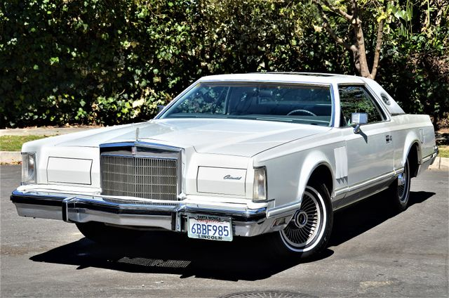 1977 Lincoln Continental Mark V Cartier Reseda, CA 28