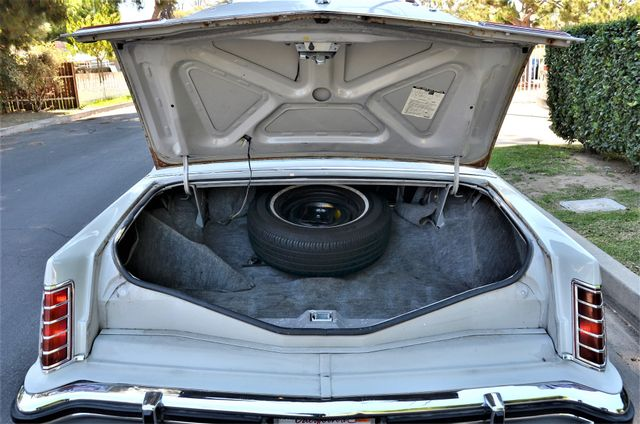 1977 Lincoln Continental Mark V Cartier Reseda, CA 48