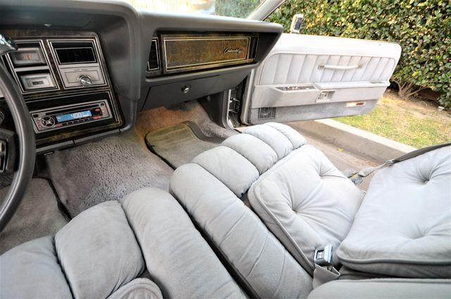 1977 Lincoln Continental Mark V Cartier Reseda, CA 59