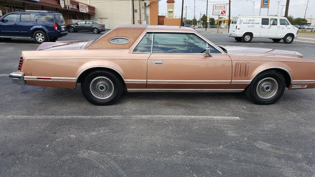1979 Lincoln MARK V 2 DR Arlington, Texas 2