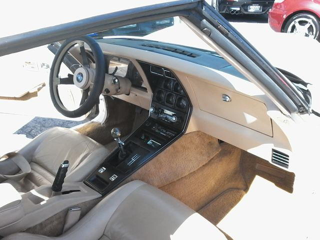 1980 Chevrolet  Corvette RARE 4 SPEED t-tops San Antonio, Texas 11