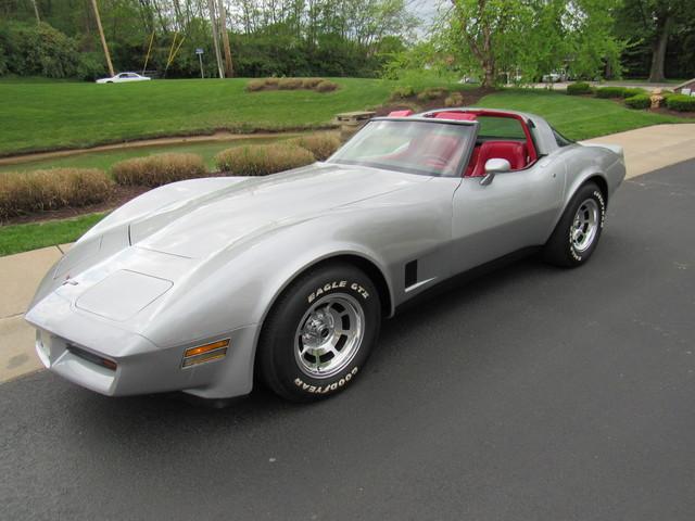 1981 Chevrolet Corvette Stingray  St Charles Missouri  Schroeder Motors  in St. Charles, Missouri