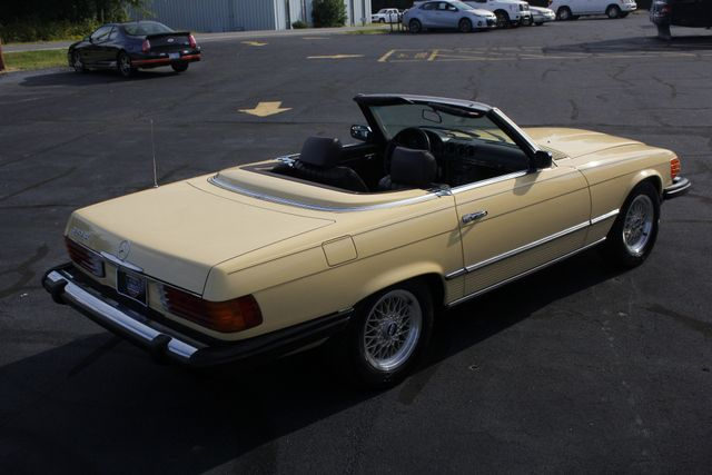 1981 Mercedes-Benz 380 Series 380SL - ONLY 69K MILES! Mooresville , NC 28