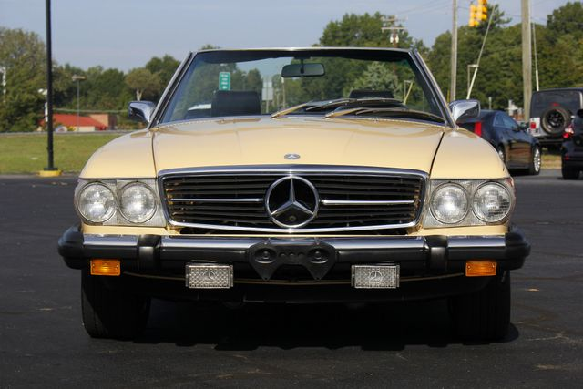 1981 Mercedes-Benz 380 Series 380SL - ONLY 69K MILES! Mooresville , NC 33