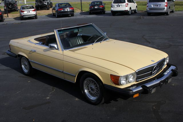 1981 Mercedes-Benz 380 Series 380SL - ONLY 69K MILES! Mooresville , NC 30